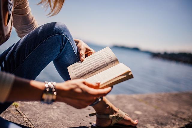 celebrity books worth reading