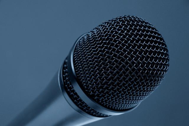 लेखकों के लिए सार्वजनिक भाषण देने के 5 गुर